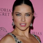 Adriana Lima in Attractive Eyes Makeup , 5 Adriana Lima Eye Makeup In Make Up Category