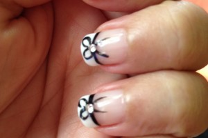 Nail , 7 Bow Nail Designs : Black bow nails