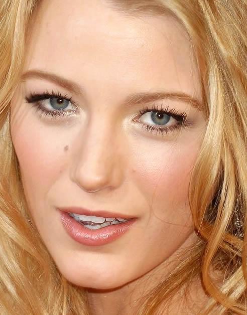 4 Blake Lively Eye Makeup in Make Up