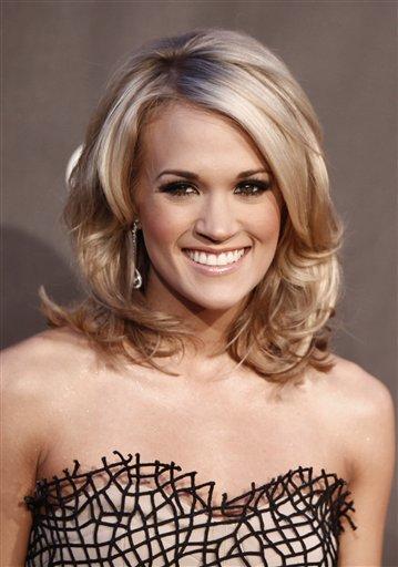 Carrie Underwood - Metallic Eyeshadow - Eye Makeup for Brown Eyes - StyleBistro