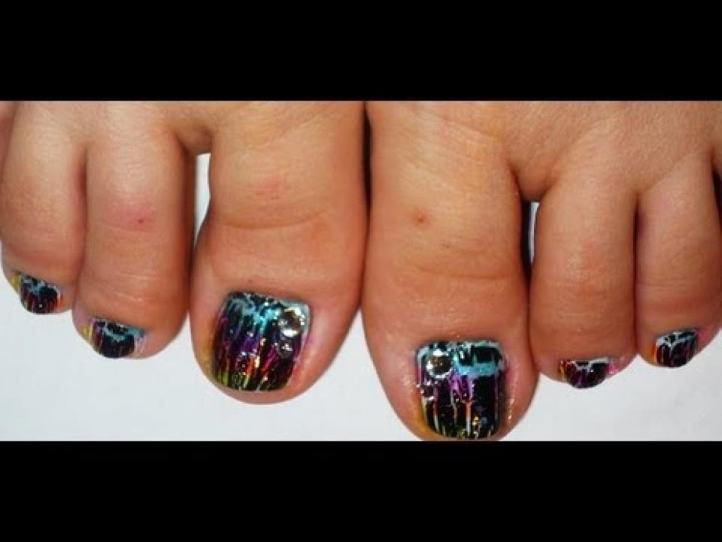 7 Crackle Toe Nail Designs in Nail