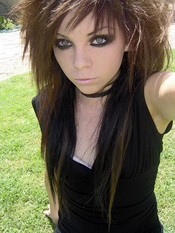 Tremendous Emo Hairstyles For Brown Hair Hairstyle Pictures Short Hairstyles Gunalazisus