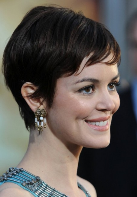 Hair Style , 6 Feminine Short Hairstyles For Women : Feminine Short Haircuts