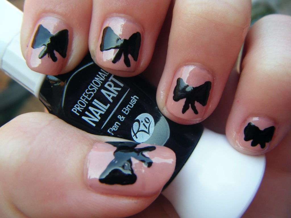 7 Bow Nail Designs in Nail