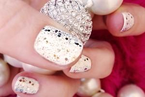 Nail , 6 Sparkly Nail Designs : Glitter Nail Polish Trend Ideas