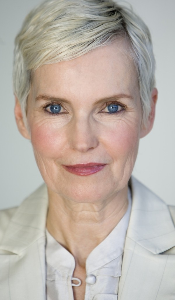 6 Short Hairstyles For Gray Haired Women in Hair Style