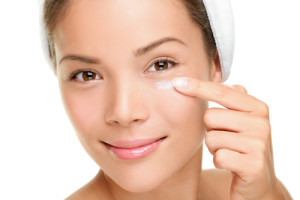 Make Up , 4 Makeup For Puffy Eyes : How to Reduce Puffy Eyes