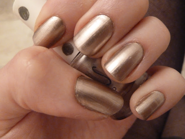 Luxury Gold Metallic Nail Polish : Woman Fashion - NicePriceSell.com