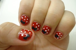 Nail , 5 Minnie Mouse Nail Art : Minnie Mouse inspired Nail art