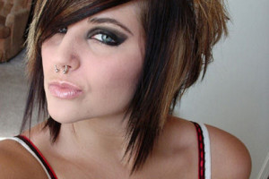 425x566px 5 Emo Hairstyles For Girls With Short Hair Picture in Hair Style