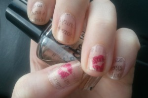 Nail , 7 Newspaper Nails Designs : Newspaper Nails!