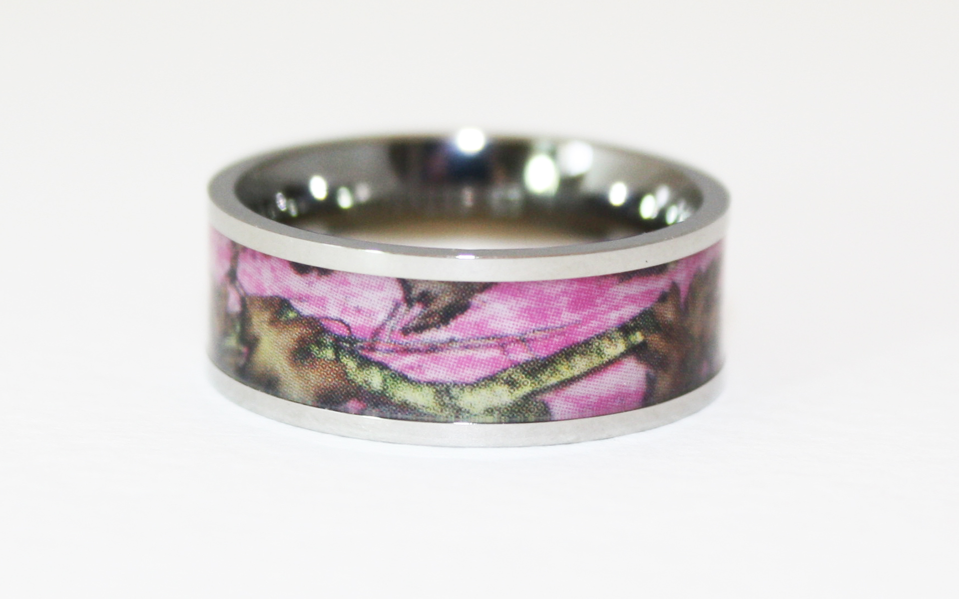 max size 1920 x 1200 - Pink Camo Wedding Rings For Her