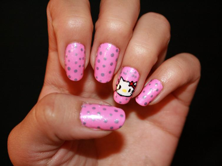 6 Hello Kitty Nail Designs in Nail