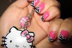 Nail , 6 Zebra Nail Designs : Pink and Black Zebra nail design
