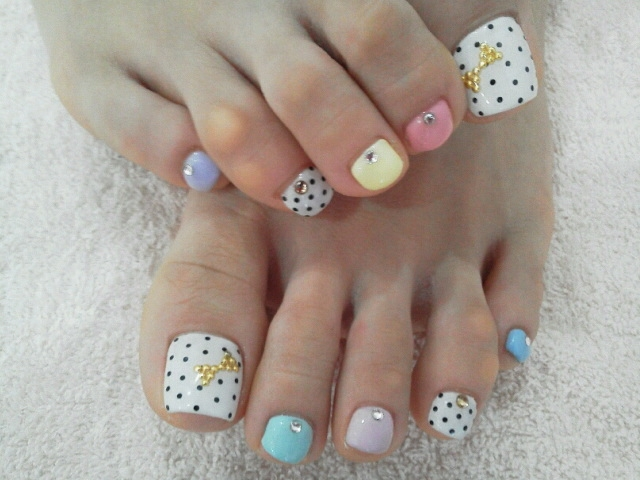 Large : 640 x 480 ... - Pretty Pedicure Nail Art Ideas : 6 Nail Art Designs For Toes