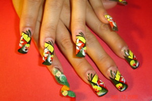 Hair Style , 6 Rasta Nail Designs : Rasta Nails with spiral