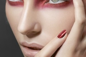 384x500px 7 Raccoon Eyes Makeup Picture in Make Up