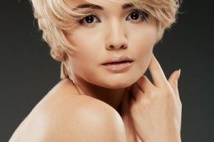 400x600px 6 Short Hairstyles For Square Faces Women Picture in Hair Style