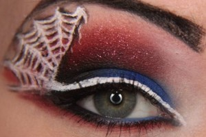 550x478px 5 Spider Web Eye Makeup Picture in Make Up
