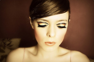 Make Up , 7 Twiggy Eye Makeup : Twiggy Eyes Closed