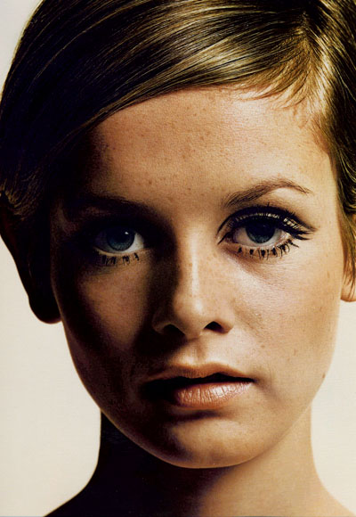 7 Twiggy Eye Makeup in Make Up