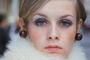 512x680px 7 Twiggy Eye Makeup Picture in Make Up