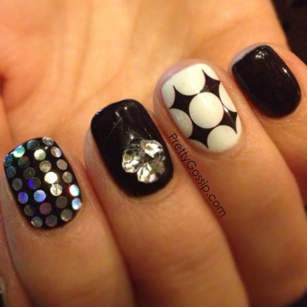 Black and white gel nails 4 gel nail designs tumblr woman large 612 x 612 prinsesfo Gallery