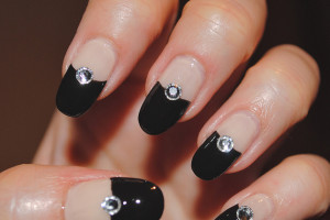 Nail , 5 Nail Designs With Diamonds : black diamond nail design