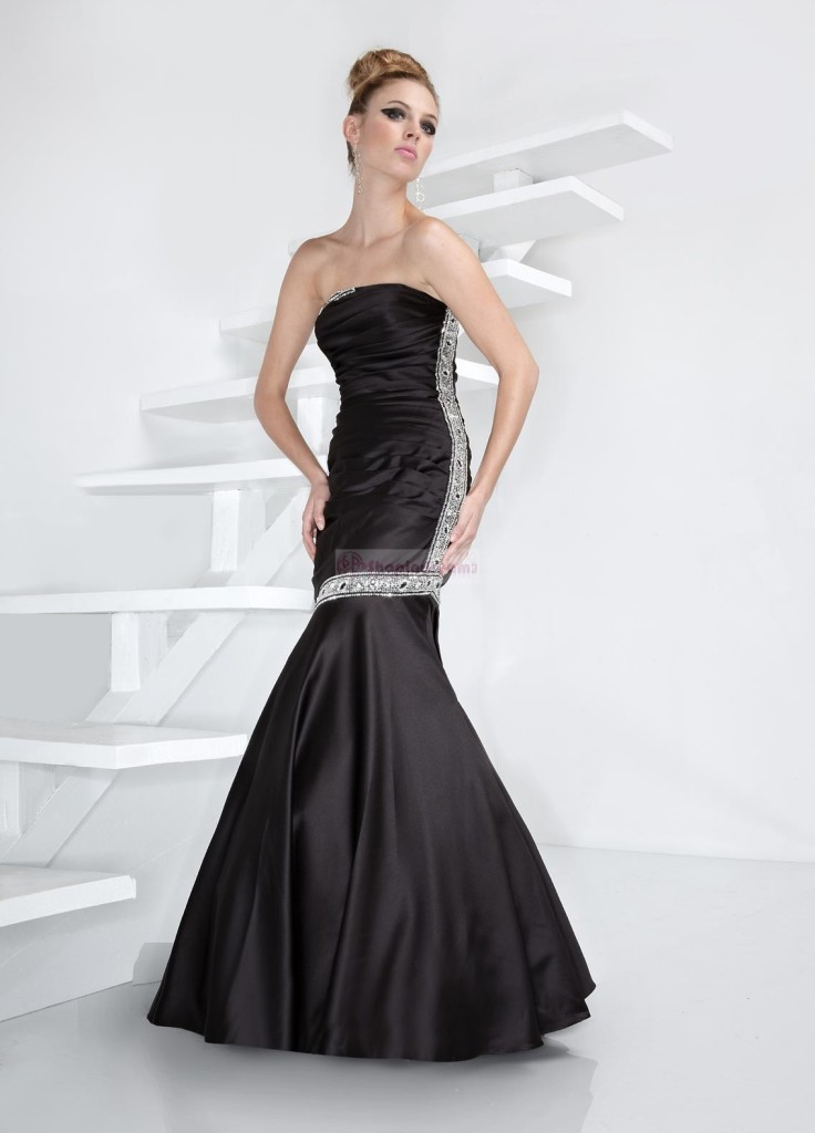 8 Long Black Mermaid Dress in Fashion