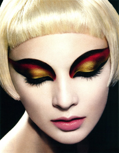 6 Drag Queen Eye Makeup in Make Up