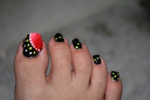 Nail , 7 Crackle Toe Nail Designs : easy toe nail designs