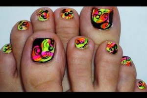 Nail , 7 Crackle Toe Nail Designs : finger nails toe nails with absract rainbow