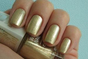Nail , 6 Gold Nail Polish Ideas : gols sparkles nails polish