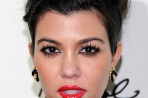 417x594px 6 Kourtney Kardashian Eye Makeup Picture in Make Up