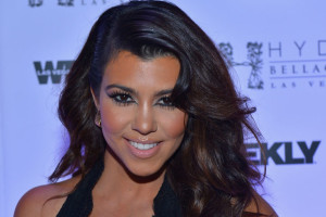 Make Up , 6 Kourtney Kardashian Eye Makeup : kourtney kardashian geometric eyeliner makeup