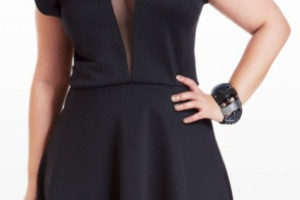 Fashion , 11 Little Black Dresses Plus Size Women : little black dress for curvy women