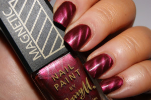 Nail , 8 Magnetic Nail Polish Designs : magnetic burgundy nail polish