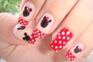 584x400px 5 Minnie Mouse Nail Art Picture in Nail