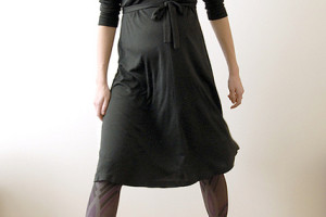 Fashion , 10 Maternity Little Black Dress : motherhood maternity