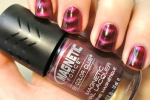 Nail , 8 Magnetic Nail Polish Designs : pretty pink magnetic nail polish