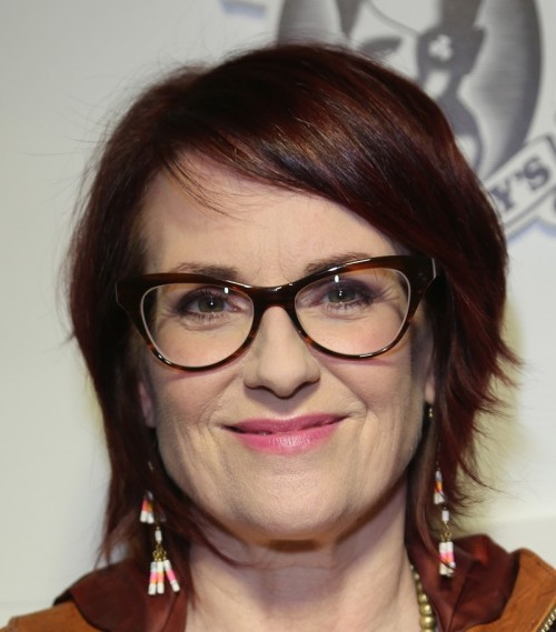 short hairstyles for older women with glasses 5 woman