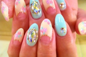 640x640px 7 Stiletto Nails Designs Picture in Nail