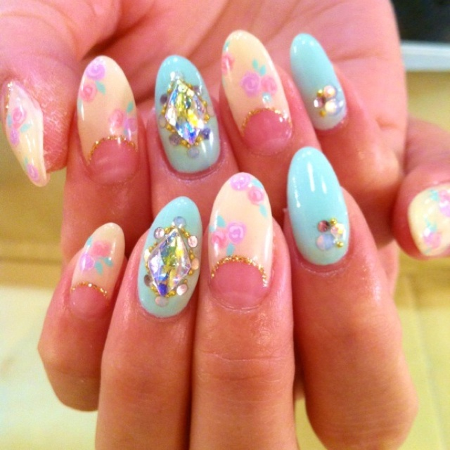 7 Stiletto Nails Designs in Nail