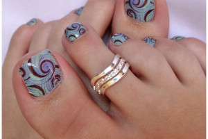 Nail , 7 Crackle Toe Nail Designs : toenail stamp art design