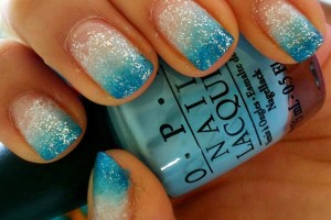 Nail , 6 Turquoise Nail Designs : turquoise glitter gradient nails
