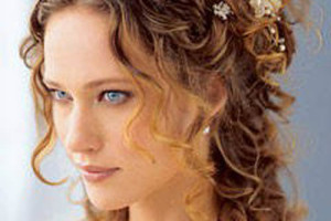 Hair Style , 9 Hairstyles For Long Curly Hair Women : wedding styles for long curly hair