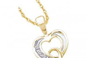 Jewelry , 7  Gold Heart Necklaces For Women : Women\'s White Diamond 0.05CTW 14K Yellow Gold Heart Pendant GND18752