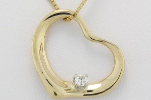 Jewelry , 6 Gold Heart Necklaces For Women : 14K Yellow Gold Womens Diamond Heart Pendant 1/10 CT