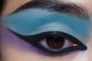 500x300px 6 Cleopatra Eye Makeup Picture in Make Up