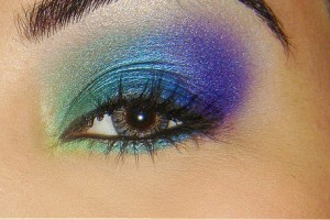 443x500px 6 Peacock Eye Makeup Tutorial Picture in Make Up
